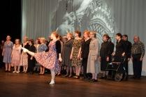 Kirsti tanssii2